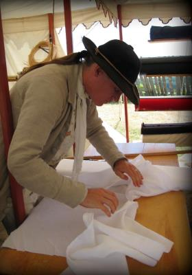 Wm. cutting fine book muslin.